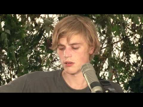 Johnny Flynn - Brown Trout Blues (Green Man Festival Sessions)