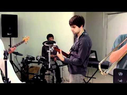 Concert groupe à Mains nues du 29_04_11 à la galerie Art'O (2)