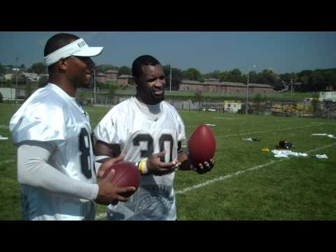 Ahman Green and Robert Ferguson try their hand at acting for an Action 3 News commercial