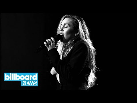 Miley Cyrus Mourns 'Voice' Contestant Janice Freeman In Tearful Funeral Performance | Billboard News Mp3