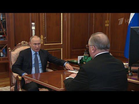 """Глава """"Транснефти"""" Николай Токарев рассказал президенту об инвестиционных планах компании."""
