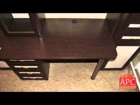 Компьютерный стол с надстройкой и комодом на заказ