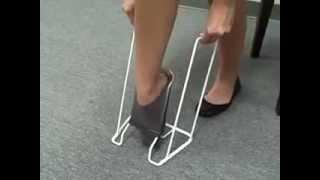 Батлер - пристрій для зручного одягання компресійного трикотажу