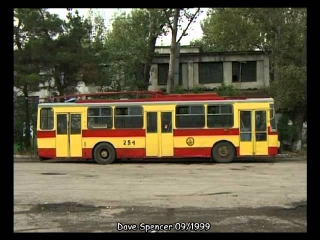 Tbilisi (Georgia) Tiflis / Trolleybus / ?????????? / Obus  - 09.1999