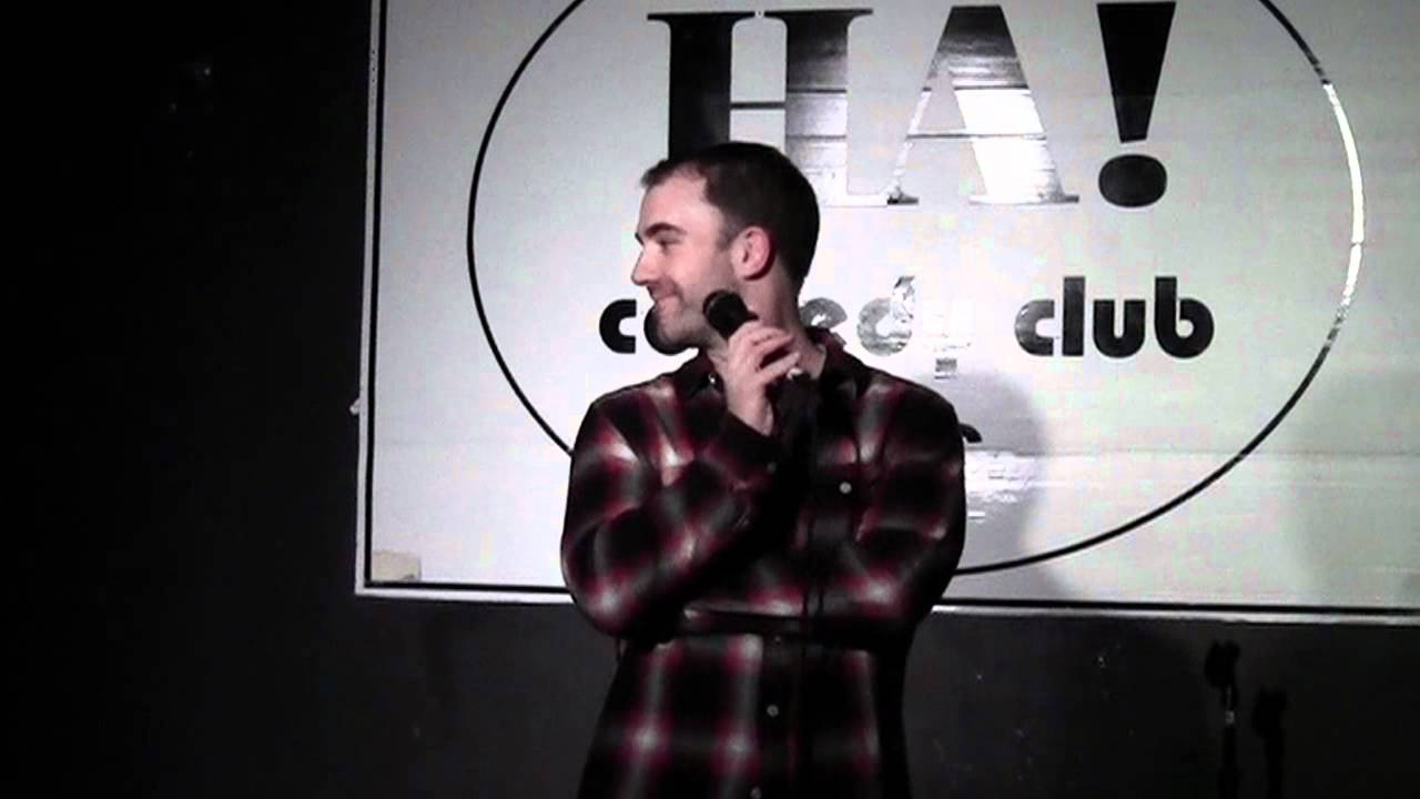 comedian tom kelly proves - 1280×720
