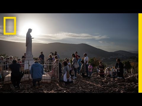 The Virgin Mary - How Do You Photograph Her Impact? | Exposu