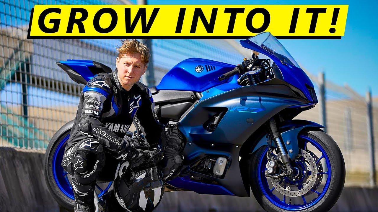 So You Want a Yamaha R7... (Best Beginner Sport Bike)