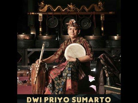 Disk 1. Solo Gamelan Festival by Dwi Priyo Sumarto & Lukas Danasmara