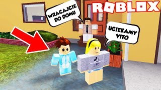 ARE WE ESCAPED FROM CRAZY PARENTS? ROBLOX (Adopt Me) | Vito and Bella