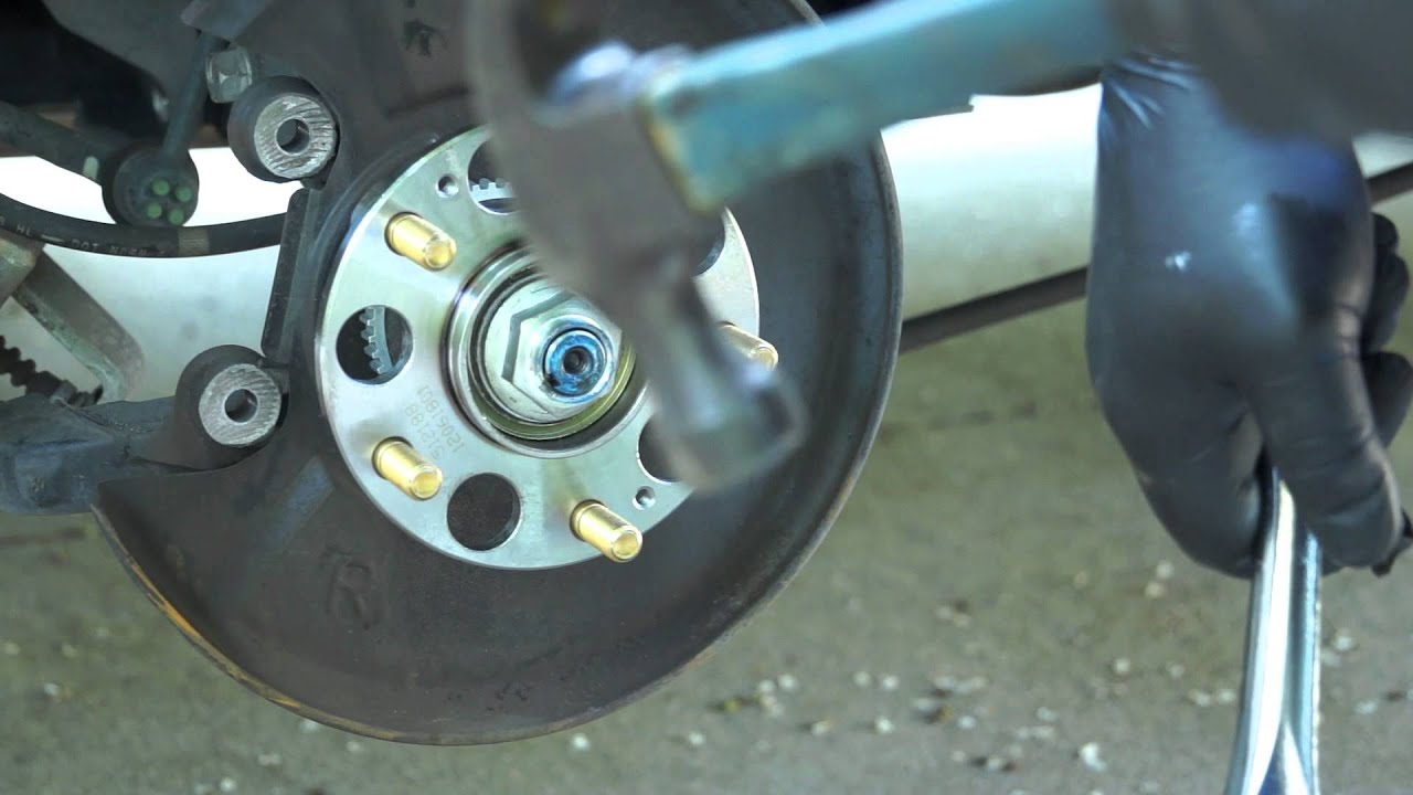 2006 Honda Accord Rear Hub Bearing Replacement Youtube