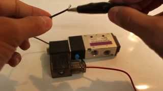Four-Way Solenoid Valve Demonstration