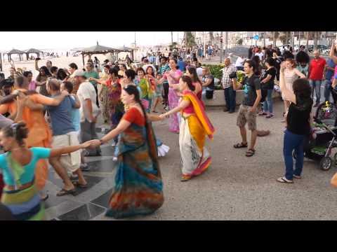 Amazing Harinam in Tel Aviv beach with Madhava! 2