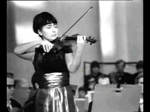 "Liana Isakadze spielt Reinhold Moritzewitsch Glière ""Romanze"""