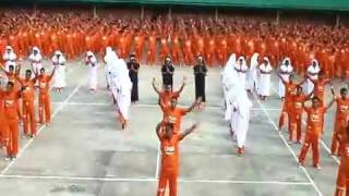 Dancing Inmate tribute to Michael Jackson