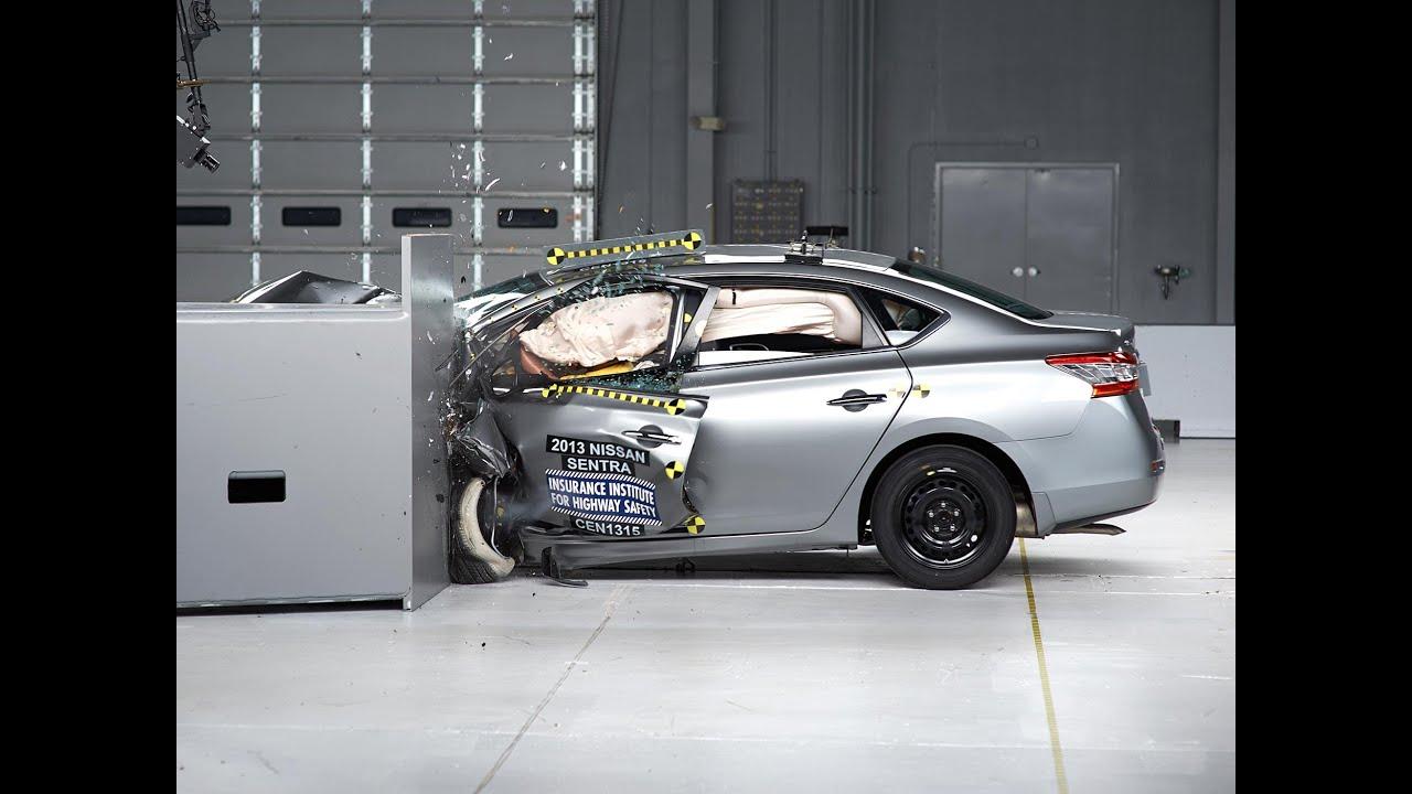 2013 Nissan Sentra Driver Side Small Overlap Iihs Crash Test Youtube