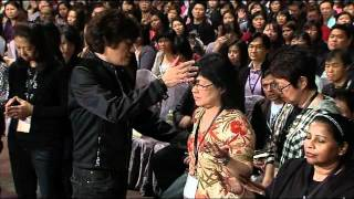 Joseph Prince Prays For The Sick During Servers