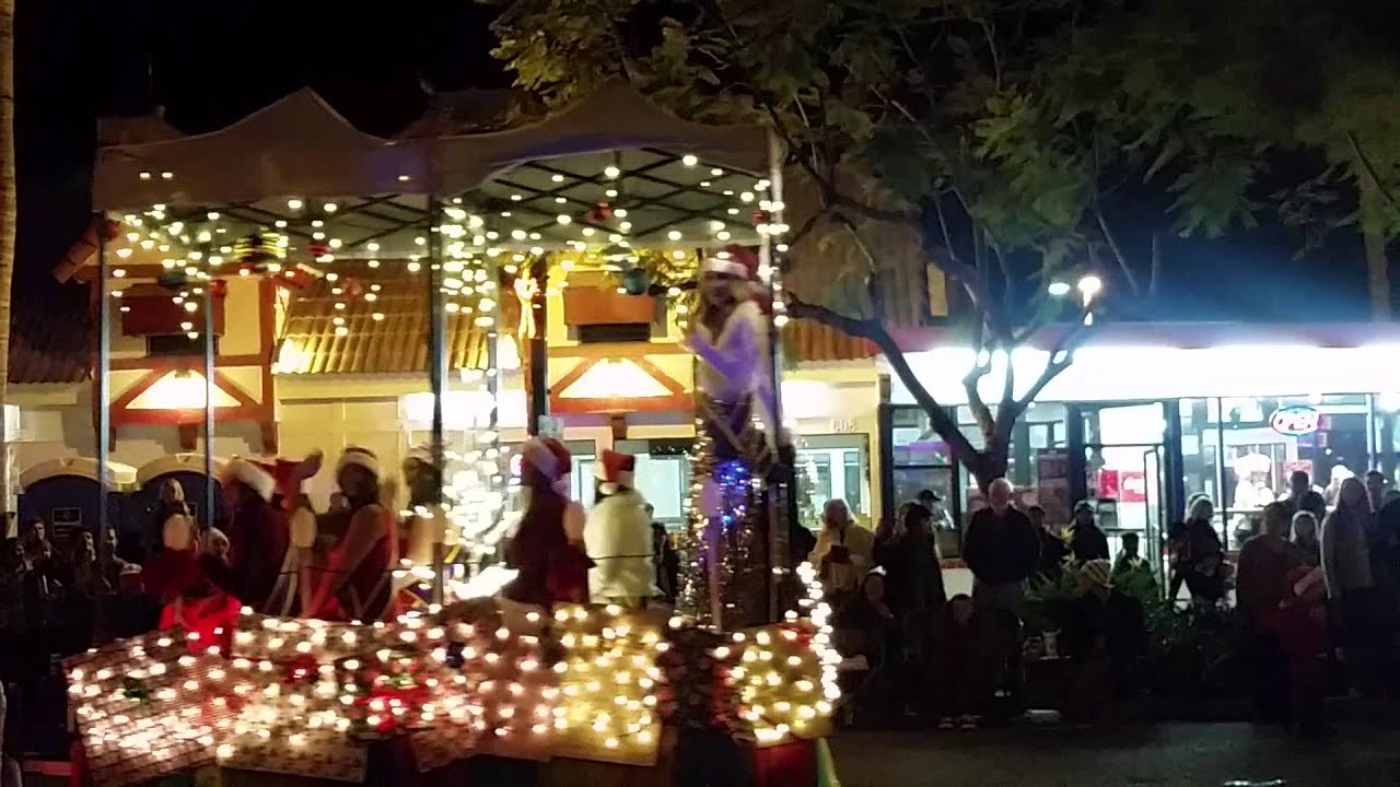 Encinitas Christmas holiday parade 2015 - YouTube