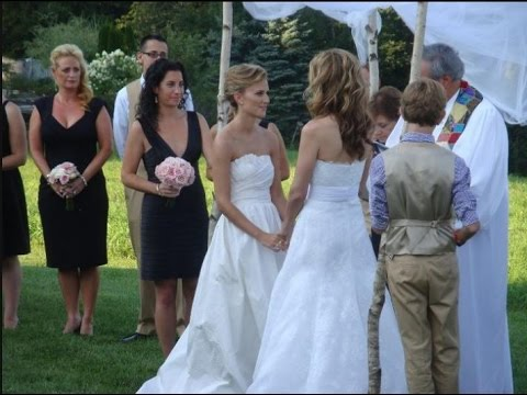 Сhely Wright and Lauren Blitzer wedding (english)
