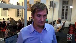 DIRETO DA SESSÃO - Carlos Trigo quer terminal de ônibus e lista de espera em creches