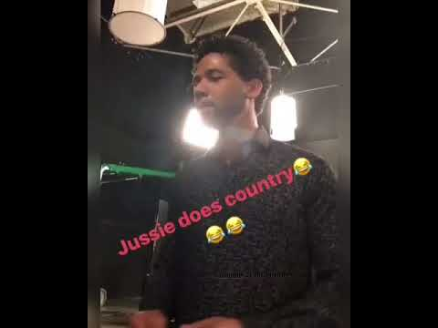 Jussie does country 8/17/17