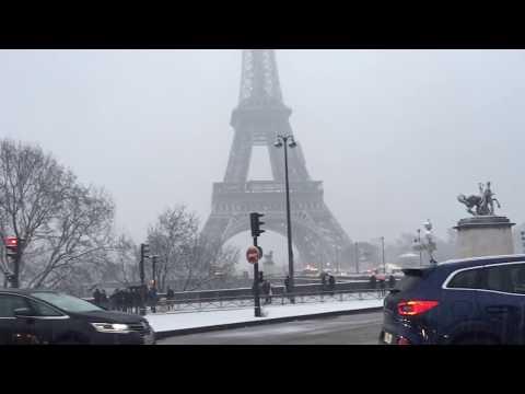 Beautiful Snow in Paris Eiffel Tower