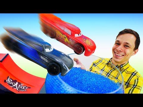 Видео игры гонки - Тачка Маквин против Шторма! – Машинки и супергерои в Автомастерской.