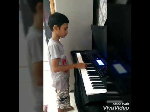 Sare Jahan se acha song on piano