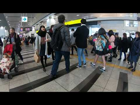Japan Electric train JR Osaka station Ticket gate crowd Japanese culture Everyday life