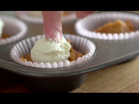 Pumpkin Spice Muffins With Cream Cheese Filling