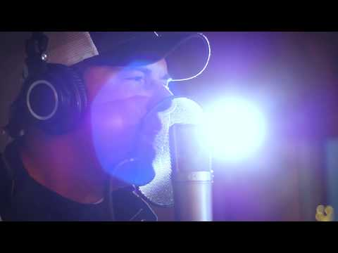 "Rodney Atkins ""Caught Up In The Country"" (Studio Version)"