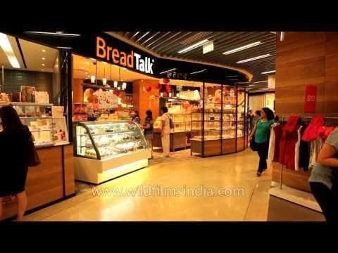 Bread Talk shop in Singapore mall