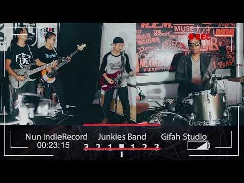 Metallica - Nothing Else Matters || Cover By Junkies || Gifah Studio