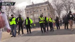 Продюсера видеоагентства Ruptly ранили во время протестов в Париже