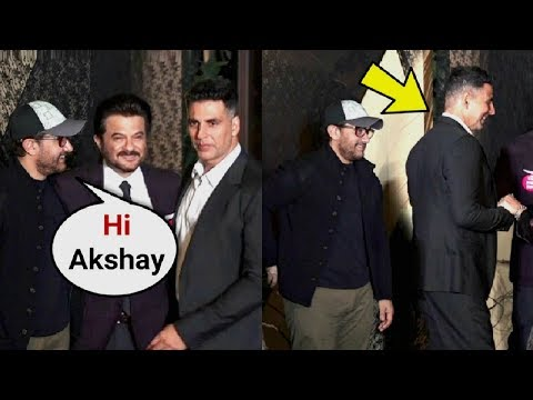 Akshay Kumar Ignores Aamir Khan At Mukesh Bhatt Daughter Wedding thumbnail