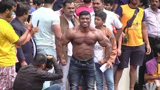BODYGUARD  Performation at Dahi Handi at Devipada Borivali East