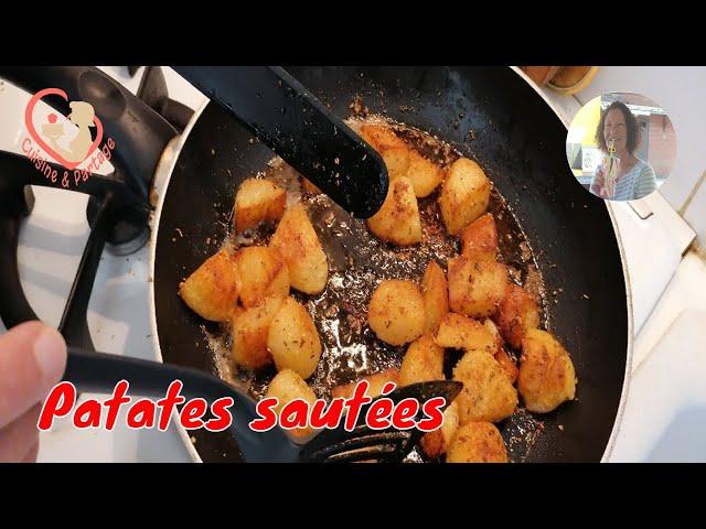 Patates Sautées Croustillantes, Dorées Et Fondantes.