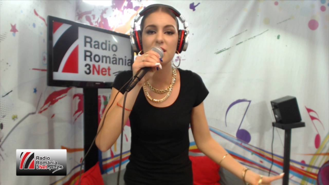 Download Abbi - Mama ei de dragoste LIVE @Radio3Net