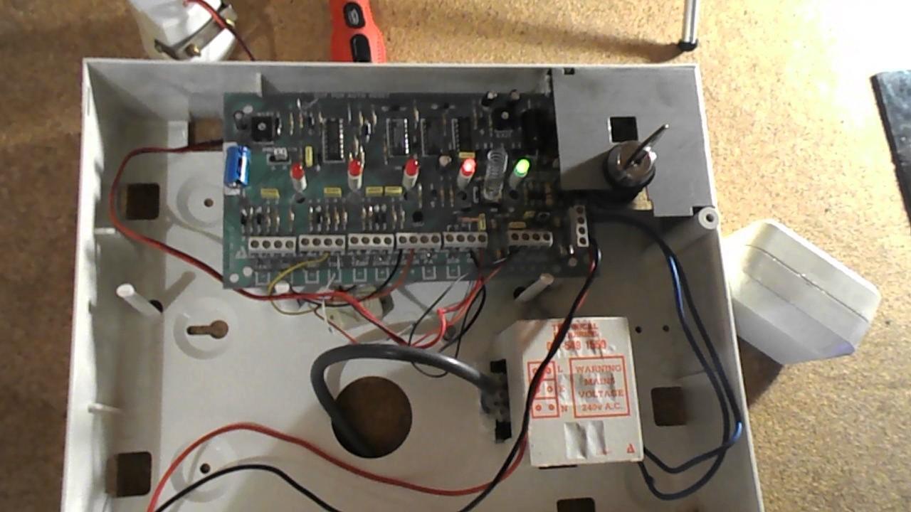 Logic 4 Intruder Alarm Panel Demonstration