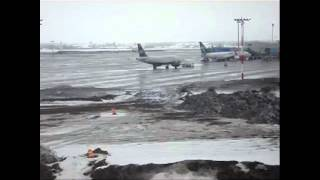 Edmonton International Airport (YEG) Action in Rain and Snow Mixed Conditions