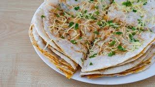 Лепешки с сыром за 10 минут -  классная закуска на скорую руку