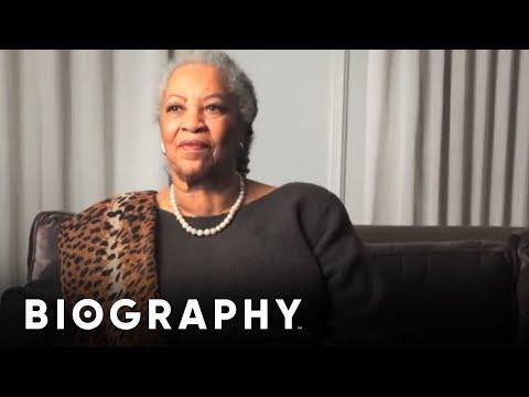 Toni Morrison - Writer & Playwright   Mini Bio   BIO