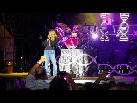 Anastacia a Genova---You'll never be alone + I'm outta love---14/07/2018