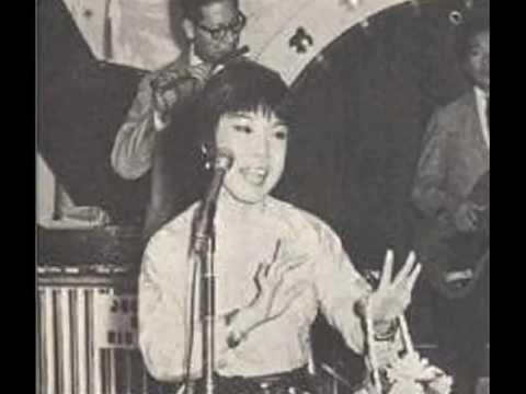 張露-迎春花 Zhang Lu - Flowers of Spring(Winter Jasmine) 1951