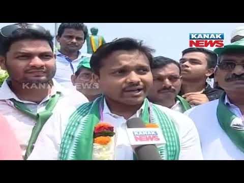 BJD's Cuttack-Choudwar MLA Candidate Souvik Biswal Election Campaign In Zobra Area