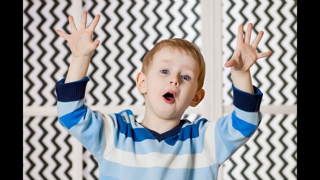 Гриша говорит на Четырёх Языках Детские Песенки Стишки на русском, украинском беларус, и английском