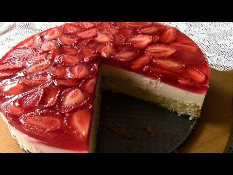 КЛУБНИЧНЫЙ ТОРТ . Бисквитный торт с творожно-йогуртовым муссом.