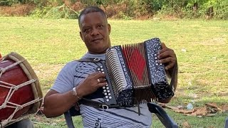 Manolo Santos - Agresivo