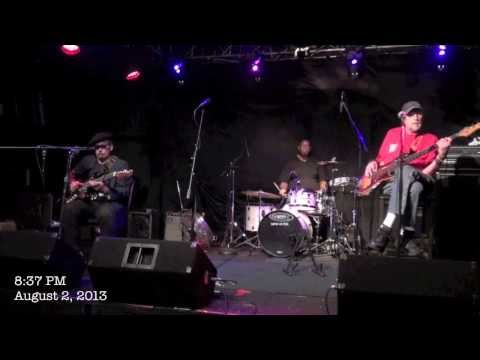 ''WHEN THEY PLAYED THE REAL BLUES'' - STUDEBAKER JOHN & The Maxwell Street Kings