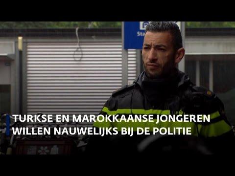 'Meer Turkse en Marokkaanse agenten bij de politie'
