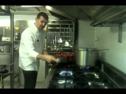 Daniel'in Mutfağı | 14 | Deniz mahsüllü makarna tarifi (İtalyan usulü)